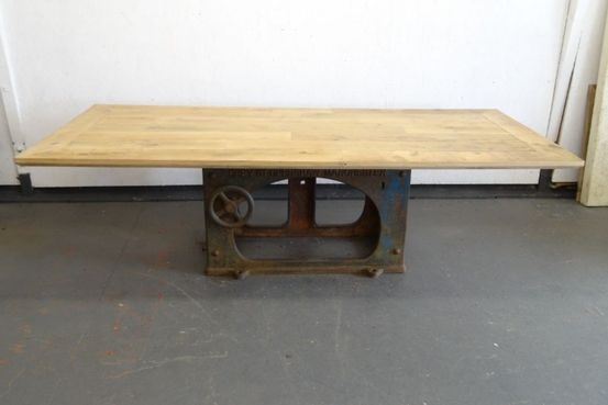 Reclaimed Oak Floorboard Table Feature Image