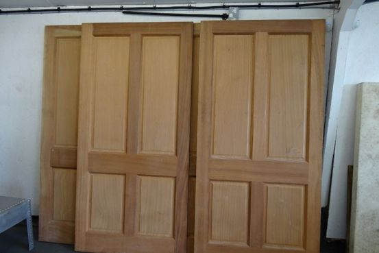 4 Panel Mahogany Doors Feature Image