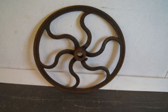 Victorian Iron Cog Wheel Feature Image